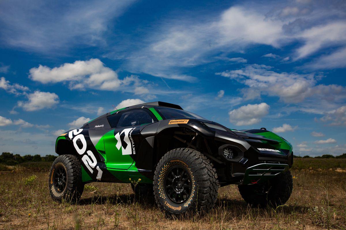 В Гудвуде показали электрокроссовер Odyssey 21 для новой гоночной серии Extreme E от создателей Formula E