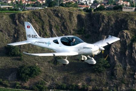 Швейцарский электросамолет Bristell Energic впервые поднялся в воздух