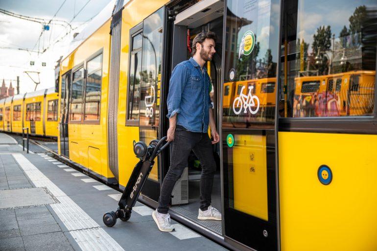 Поиск: Ауди показала скутер стоимостью в2 тысячи долларов