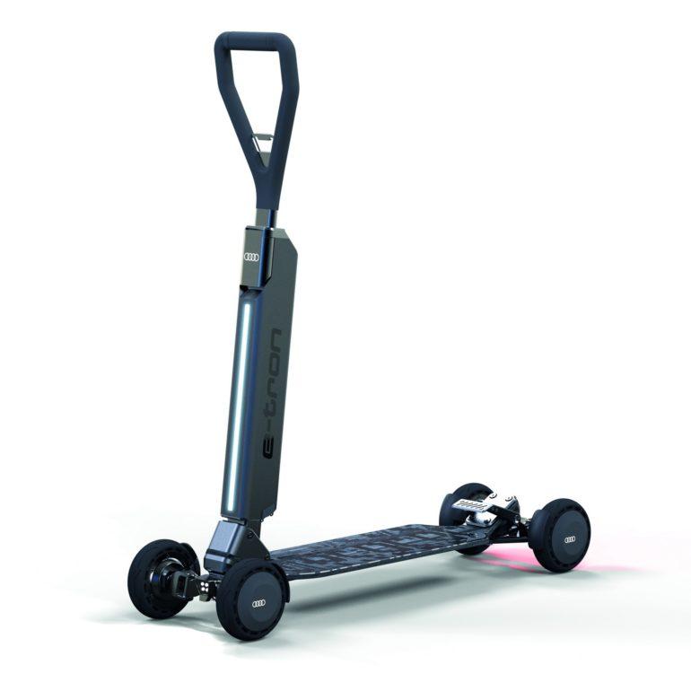 Немцы разработали электрический гибрид скутера и скейта Audi e-tron Scooter, его будут продавать за 2000 евро или дарить покупателям электромобилей бренда