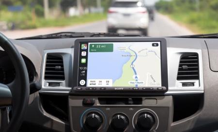 Sony анонсировала автомобильный мультимедийный ресивер с 9-дюймовым дисплеем, поддержкой CarPlay и Android Auto за $600