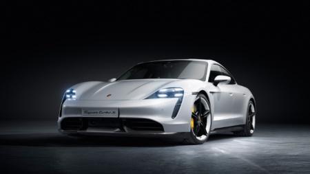 Серийный электромобиль Porsche Taycan представлен официально, первыми на рынок выйдут версии Turbo и Turbo S стоимостью $150 тыс. и $185 тыс. соответственно