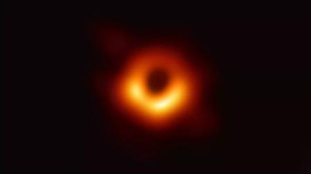 Авторы первого снимка черной дыры получили «научный Оскар» — премию Breakthrough Prize с денежным вознаграждением $3 млн