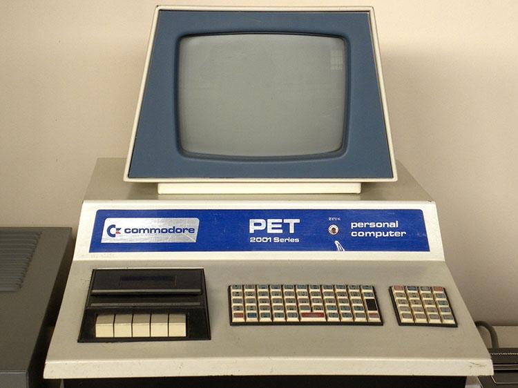 Умер Чак Педдл — создатель процессора, который изменил все. Он использовался в Apple II и Commodore PET, а также приставках Atari 2600 и NES