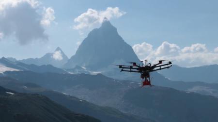 Швейцарские гляциологи задействуют дроны при проведении наблюдений за движением ледников