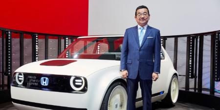 Глава Honda убежден, что гибридные автомобили будут играть куда более важную роль в ближайшем будущем, чем электрокары