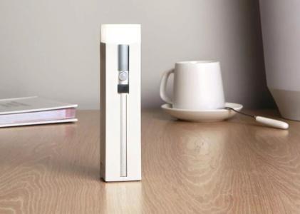 Новое устройство Xiaomi — фонарик, лампа и портативный аккумулятор в одном корпусе