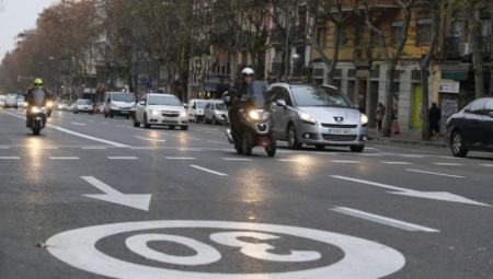Не более 30 км/ч. Испания вскоре ограничит скорость движения на всех городских дорогах (с односторонним и однополосным движением)