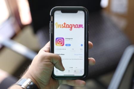 Bloomberg: Instagram приносит больше четверти общей выручки Facebook — $20 млрд в год