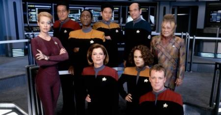 Фанат с помощью ИИ занимается ремастерингом сериала Star Trek: Voyager с целью повысить разрешение изображения до 4K