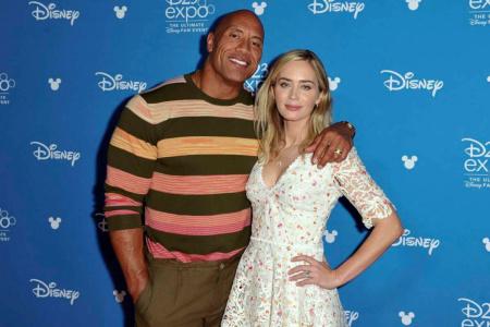 Variety: Дуэйн Джонсон и Эмили Блант сыграют роли супругов-супергероев в экранизации комикса «Ball and Chain»