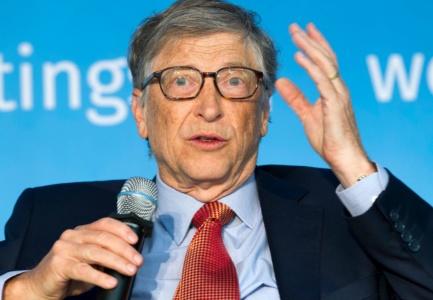 «Очень трудно опровергать подобное, потому что это такая глупость» — Билл Гейтс о разговорах про чипирование