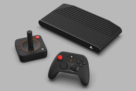 Atari обещает в этом месяце выпустить первые 500 экземпляров консоли Atari VCS за $390, она поддерживает современные и ретро-игры, а также онлайн-сервисы Netflix, Disney+ и т.д.
