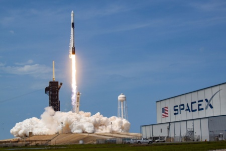 Linux и обычные x86-процессоры — «мозг» самой передовой ракеты SpaceX Falcon 9