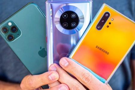 Рынок смартфонов обрушился на 20%, сильнее всех пострадал Huawei, а Xiaomi даже нарастила продажи (единственная среди лидеров)