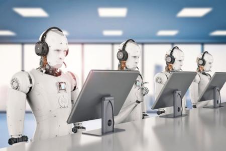 Роботы-редакторы Microsoft перепутали двух певиц смешанной расы