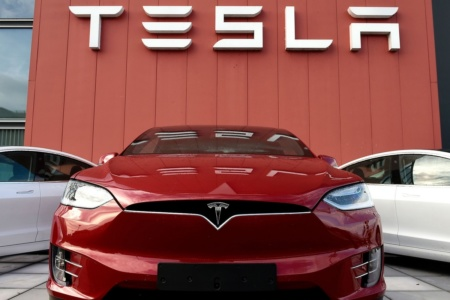 «Они на два года всех опережают» — глава Audi о технологическом превосходстве Tesla
