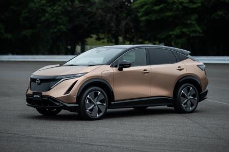 Серийный электрокроссовер Nissan Ariya представлен официально: пять версий с передним/полным приводом и батареей 65/90 кВтч, мощность до 290 кВт, запас хода до 500 км и ценник от $40 тыс.