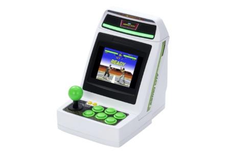 Sega представила новую ретро-консоль Astro City Mini в виде миниатюрной версии аркадного автомата (там будет 36 игр при цене $120)