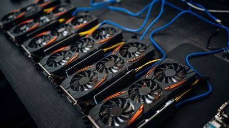 Майнинг Bitcoin требует 7 ГВт мощности и обеспечивает вычислительную производительность 120 эксахешей в секунду