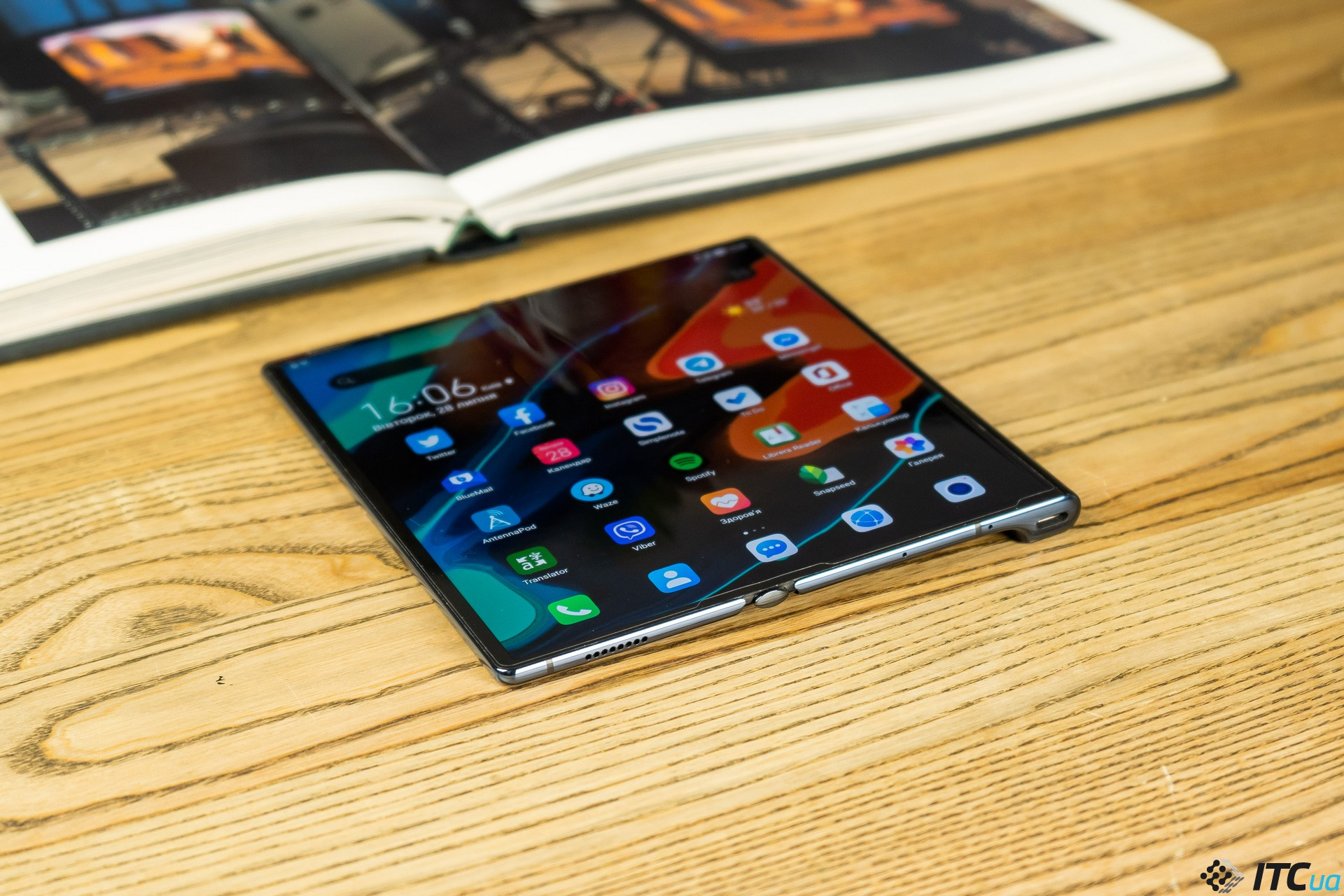 Три недели с Mate Xs: гибкий смартфон по версии Huawei