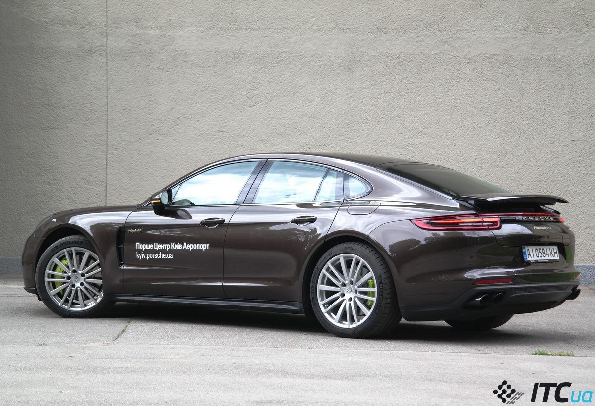 Тест-драйв Porsche Panamera 4 E-Hybrid: один день из жизни