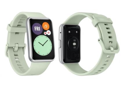 Стали известны характеристики и цена умных часов Huawei Watch Fit