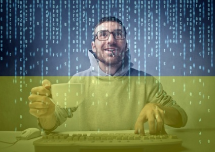 DOU.UA: Рынок IT-специалистов в Украине практически вышел на докризисный уровень, на одну вакансию с опытом «до года» подаются рекордные 40 заявок