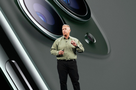 Фил Шиллер уходит с поста главного маркетолога Apple, который он занимал 23 года, но остается работать в компании