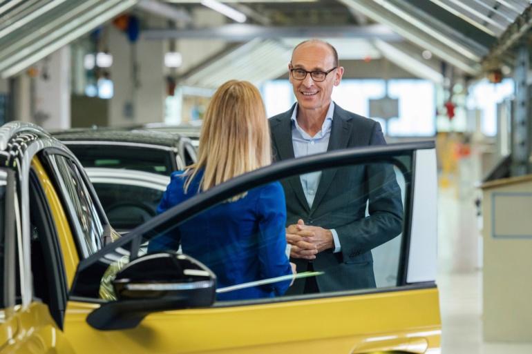 В Германии стартовало производство электрокроссоверов Volkswagen ID.4, хотя презентация модели назначена только на конец сентября