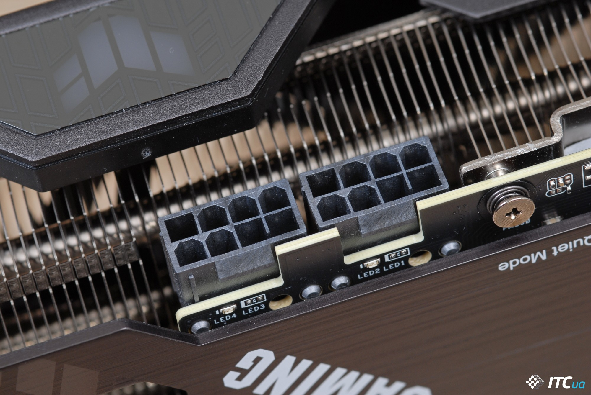 ASUS TUF-RTX3090-24G-GAMING power connector