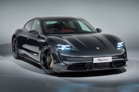 Электрический Taycan стал самым продаваемым в Европе Porsche, обогнав культовый 911 [инфографика]