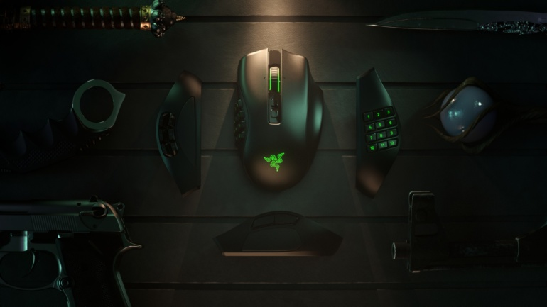 Razer Naga Pro - беспроводная модульная мышь с тремя сменными панелями на 2, 6 или 12 кнопок для игр разного жанра