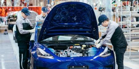 «Почти корабль инопланетян»: Tesla опубликовала впечатляющее видео процесса сборки электромобилей на Gigafactory 3 в Шанхае