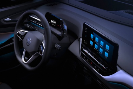Volkswagen продемонстрировал интерьер электрокроссовера VW ID.4 и назначил его презентацию на 24 сентября [фото, видео]