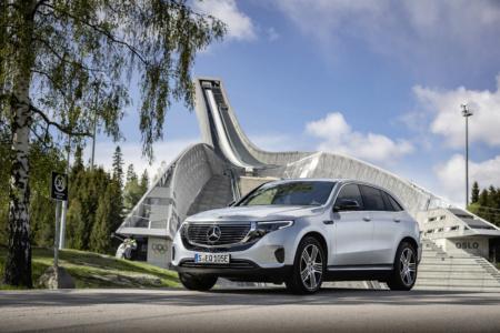 В Украине стартовали предзаказы на электрокроссовер Mercedes-Benz EQC — от 1,8 млн грн за базовую комплектацию