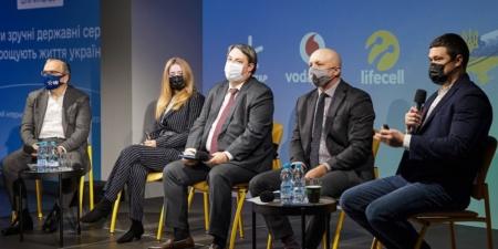 «5,4 млн украинцев уже получили более качественное 4G-покрытие»: Минцифры вместе с Киевстар, Vodafone и lifecell подвели первые итоги внедрения 4G-сетей в диапазоне 900 МГц