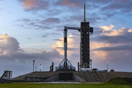 Трансляция (и все детали) первого эксплуатационного полета корабля SpaceX Crew Dragon (Crew-1)