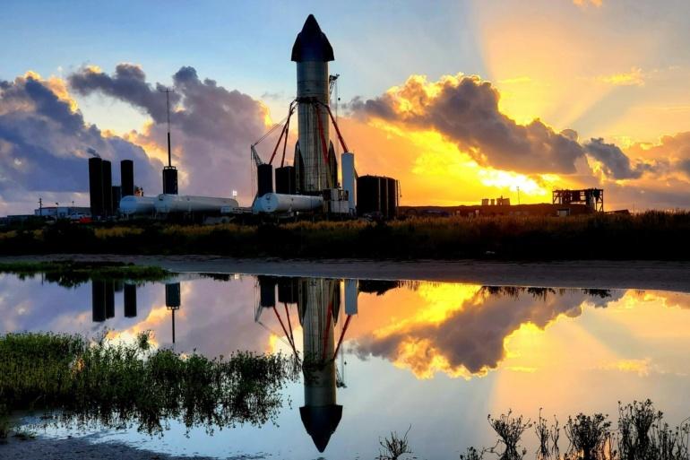 Изображение: статус готовности различных прототипов корабля Starship и первого прототипа ракеты Super Heavy