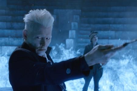 Warner Bros. попросила Джонни Деппа уйти из франшизы Fantastic Beasts и перенесла премьеру третьей части на 2022 год