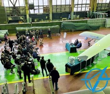Киевское КБ «Луч» представило разведывательно-ударный беспилотник «Сокол-300»