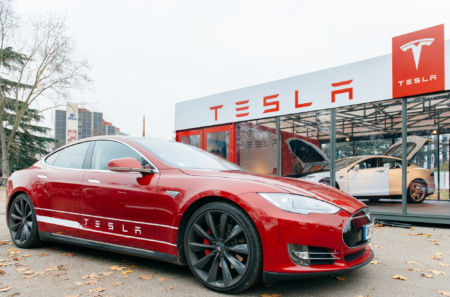 Илон Маск: Tesla готова к слиянию с другими автопроизводителями