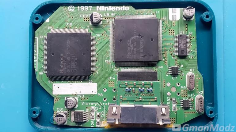 Моддерр создал карманную версию консоли Nintendo 64, которая оказалась даже меньше её оригинального контроллера