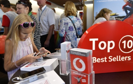Vodafone подвел итоги «Черной пятницы» — продажи в онлайне выросли в три раза, а в топ самых популярных смартфонов вошли Xiaomi, Samsung, Nokia и Apple