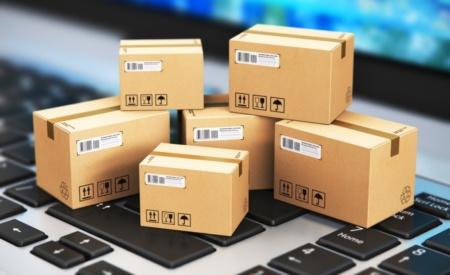 Рада ухвалила зміни до митного та податкового кодексів — повернення ліміту 150 євро на безподаткове ввезення інтернет-покупок та електронне декларування посилок