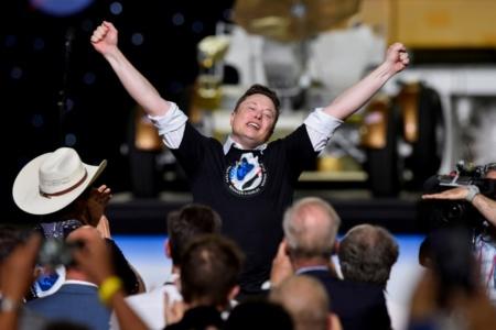 Грета Тунберг одобряет. Илон Маск объявил конкурс на технологию улавливания углекислого газа с призовым фондом 100 миллионов долларов