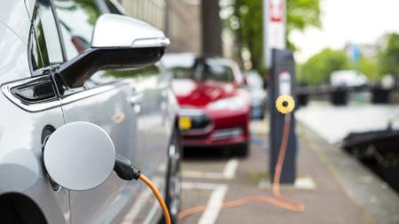 Джо Байден заявил о намерении электрифицировать весь правительственный автопарк из 645 тысяч автомобилей