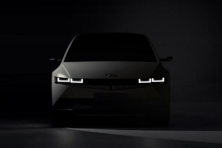 Hyundai опубликовал новый тизер электромобиля Ioniq 5, в котором анонсировал дату премьеры [видео]
