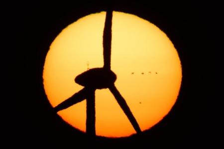 Возобновляемая энергетика в Европе впервые обогнала традиционную (газ и уголь) по доле в общей структуре генерации