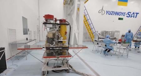 Україна домовляється зі SpaceX про запуск супутника «Січ» наприкінці 2021 року